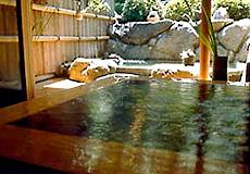 宮島と瀬戸を一望にする庭園と離れの宿 石亭・お風呂