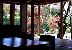 宮島と瀬戸を一望にする庭園と離れの宿 石亭・お部屋